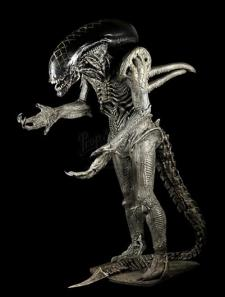 ALIEN VS. PREDATOR (2004) - Grid Alien (Tom Woodruff Jr.) Creature Costume