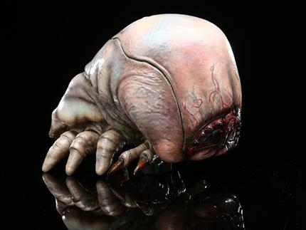 STARSHIP TROOPERS - Brain Bug Maquette - Current price: $2000