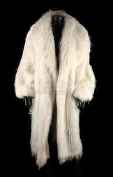 BLADE (1998) - Mercury's (Arly Jover) White Faux-Fur Coat