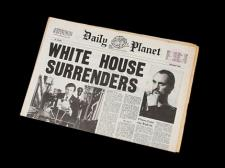 SUPERMAN II (1980) - Daily Planet 'White House Surrenders' Newspaper