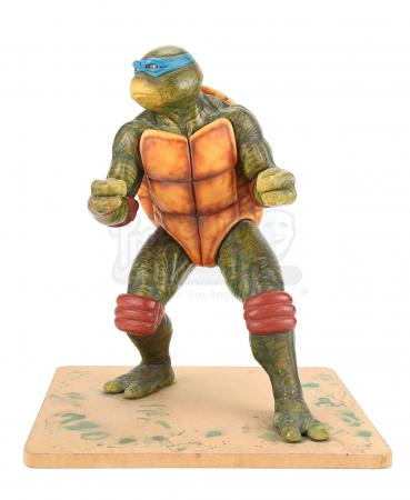 Lot #827 - TEENAGE MUTANT NINJA TURTLES - Leonardo Art Department Maquette