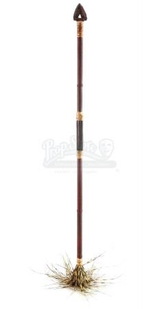 Lot # 104: STAR TREK INTO DARKNESS (2013) - Nibiran Spear