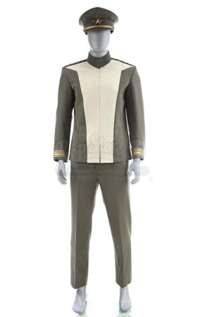 Lot # 114: STAR TREK INTO DARKNESS (2013) - Admiral Christopher Pike's Double Conference Room Uniform