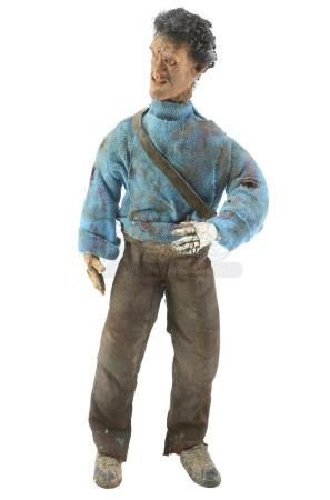 Lot #71 - ARMY OF DARKNESS (1992) - Ash Williams (Bruce Campbell) Mini-Ash Puppet