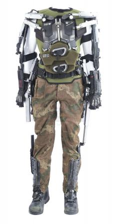 Lot #225 - ELYSIUM (2013) - C.M. Kruger's (Sharlto Copley) Camouflage Costume and H.U.L.C. Suit