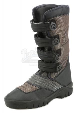 Lot #484 - THE MATRIX RELOADED (2003) - Neo's (Keanu Reeves) Boot