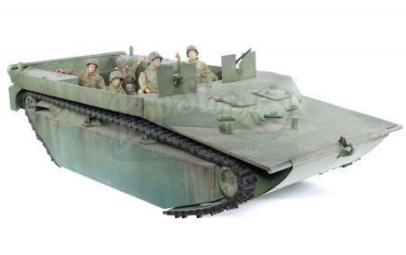 Lot #512 - PACIFIC, THE (T.V. SERIES, 2010) - Amphtrack Model Miniature with Soldier Figures