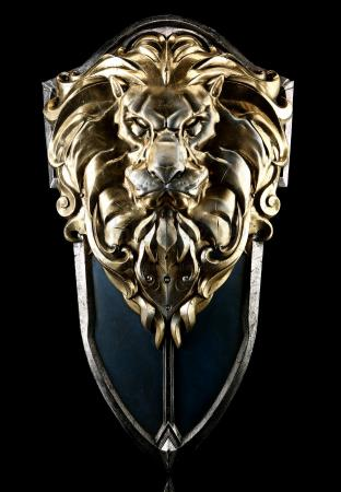 Lot #847 - WARCRAFT (2016) - Anduin Lothar's (Travis Fimmel) Forest Excursion Shield