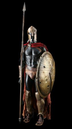 300 (2006) - Dilios' (David Wenham) Costume, Shield, and Spear