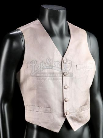 FRIGHT NIGHT (1985) - Peter Vincent's (Roddy McDowall) Vest