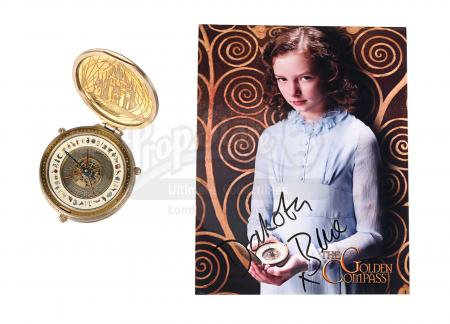 Lot #303 - THE GOLDEN COMPASS (2007) - Lyra's (Dakota Blue Richards) Practical Hero Alethiometer