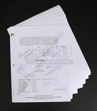 Maria Doyle Kennedy's Cast Autographed Production Script - Episode 5.06
