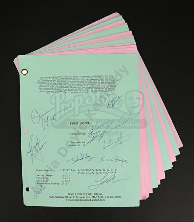 Maria Doyle Kennedy's Cast Autographed Production Script - Episode 5.07