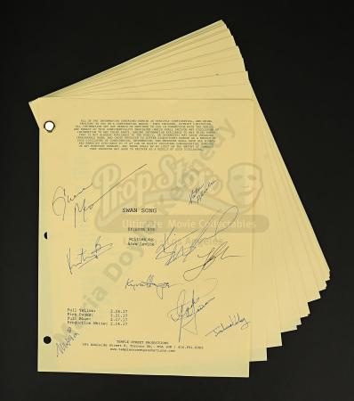 Maria Doyle Kennedy's Cast Autographed Production Script - Episode 5.09