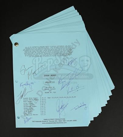 Maria Doyle Kennedy's Cast Autographed Production Script - Episode 5.10