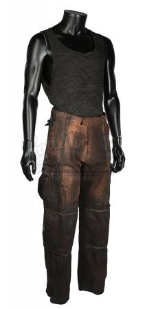 THE CHRONICLES OF RIDDICK (2004) - Riddick's (Vin Diesel) Costume