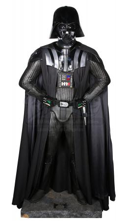 STAR WARS: THE EMPIRE STRIKES BACK (1980) - Replica Darth Vader Costume