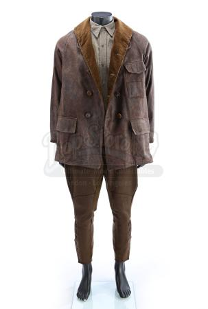 THERE WILL BE BLOOD (2007) - Daniel Plainview's (Daniel Day-Lewis) Riding Costume